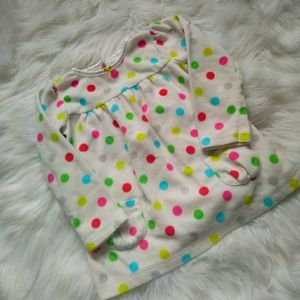 3/10$ CARTERS Girl dots sweaters